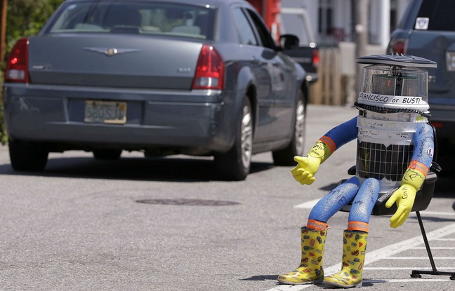Le robot HitchBOT